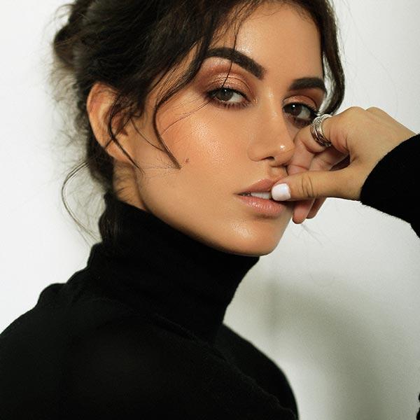 Virginia Alvarez Model