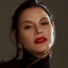Maria Teresa Ianuzzo Model